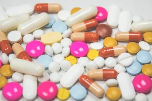 PLFSS 2021 TRANSPARENCE DU MEDICAMENT : VERAN FAIT (ENCORE) SANS LES PATIENTS-ES ET LES ASSOCIATIONS DE SANTE